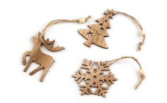 Wooden hang decoration
