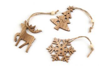 Koka dekorācijas
